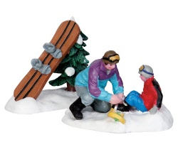 Lemax Village Collection Dad Helps Out Set of 2 # 42224
