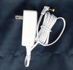 Lemax Village Collection AC Power Adaptor With 1 Output Jack 4.5v White - 1000mA