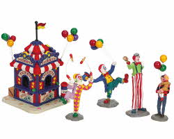 Lemax Village Collection Carnival Ticket Booth With Figurines Set of 5 # 63563