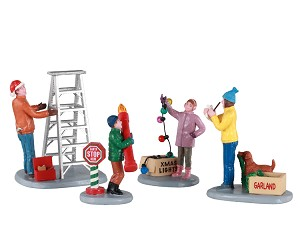 Lemax Village Collection Getting Ready to Decorate Set of 4 # 12030