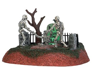 Lemax Spooky Town Long Time No See! Battery Operated # 74203