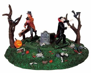 Lemax Spooky Town Vampire Slayer # 94951